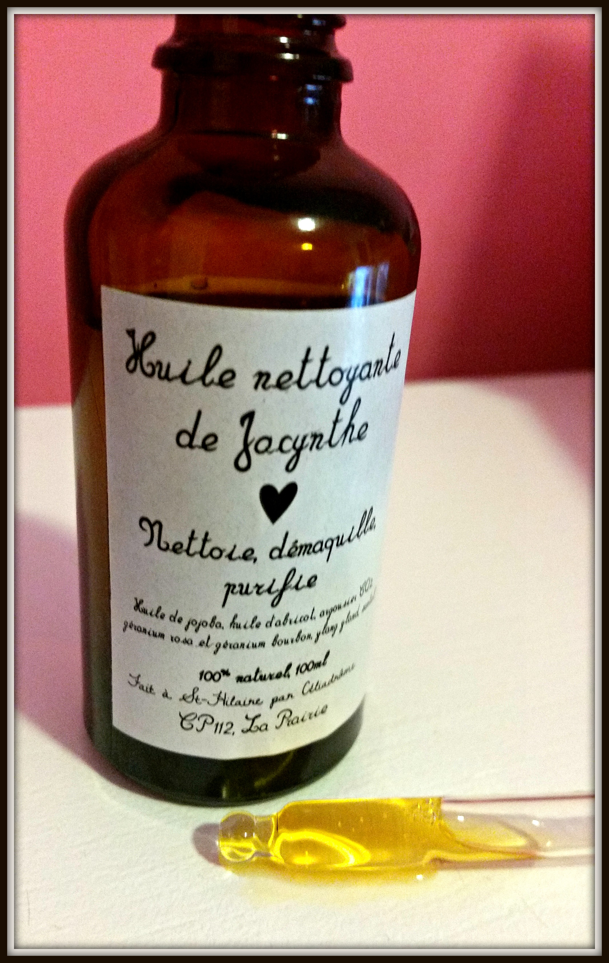 Huile de Jacynthe Review (Face Serum) by WhippedGreenGirl.com